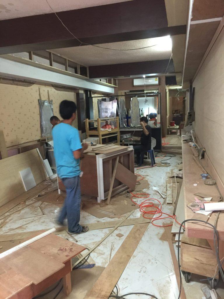 バンコクATAMAサロンの工事現場