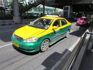 バンコクATAMAヘアーサロンのタクシーイメージ
